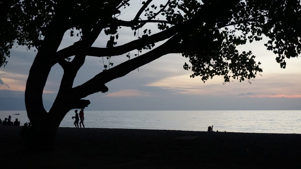 Lovina - abendlicher Blick auf das Meer