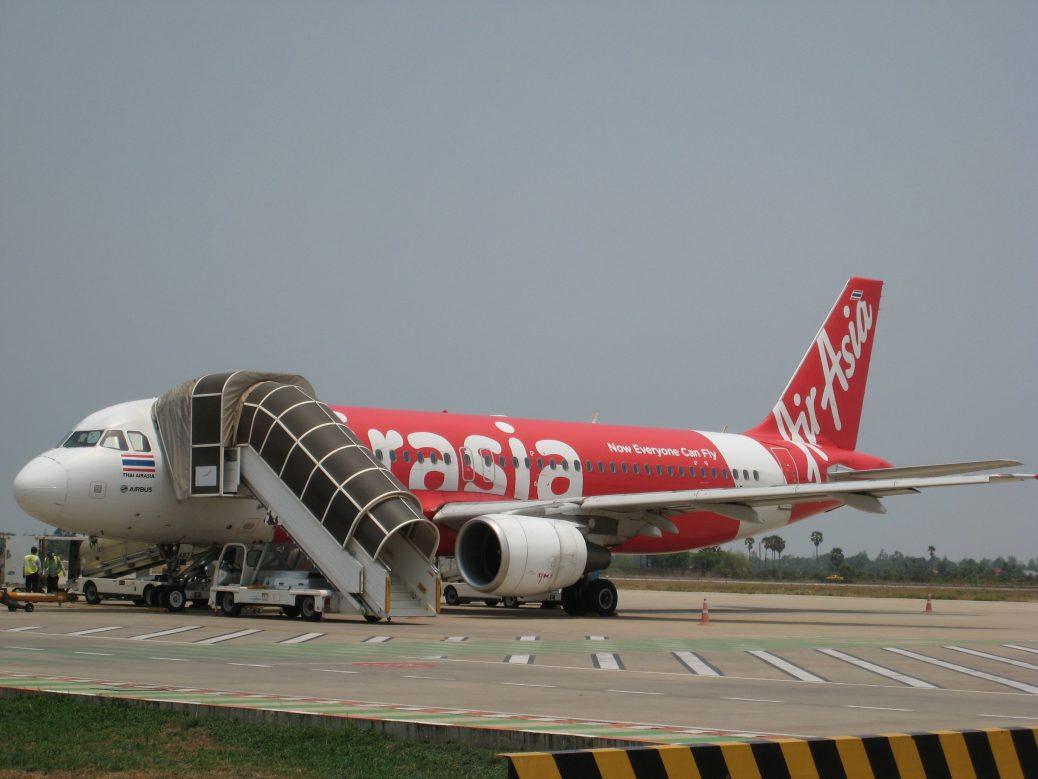 Kambodscha - Flugzeug von Air Asia